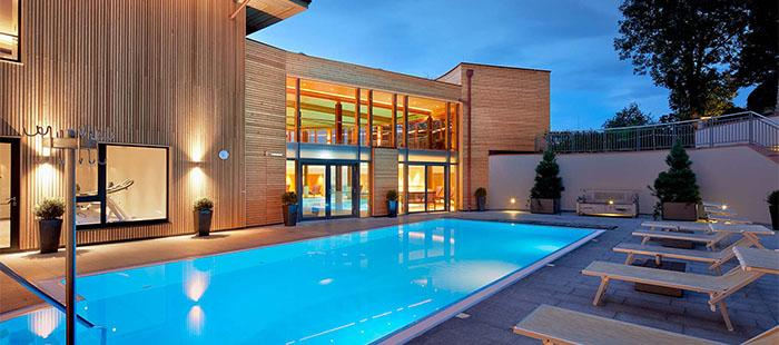 Mandira Hotel Pool