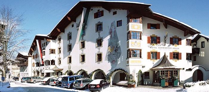 Schwarzer Adler Hotel Winter