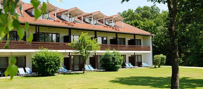 Jagdhof Hotel Rueckansicht