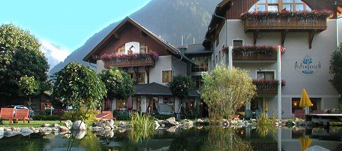 Alpengarten Hotel Schwimmteich