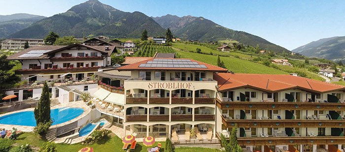 Hotel Landsitz Stroblhof Dorf Tirol Bei Meran Trentino Sudtirol Italien