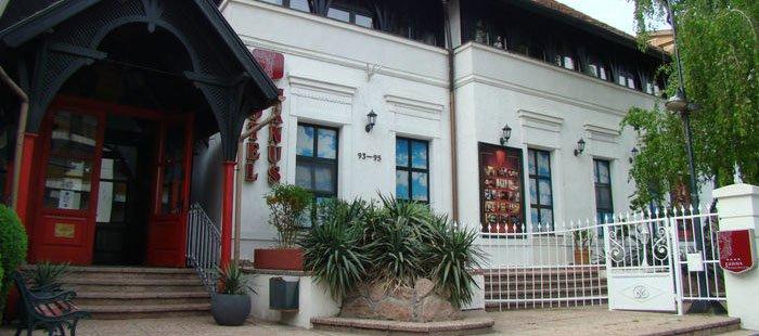 Janus Haus