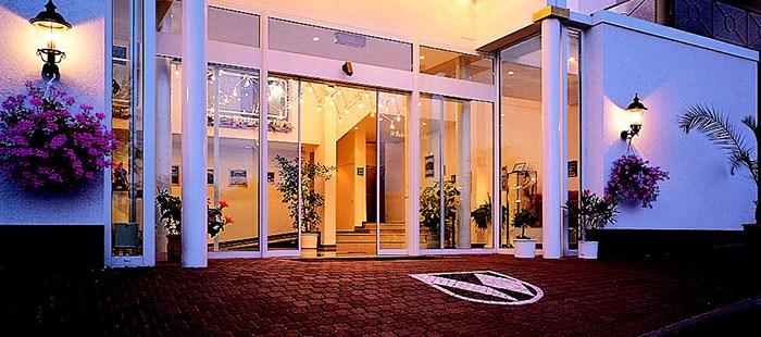 Windenreuter Hotel Eingang