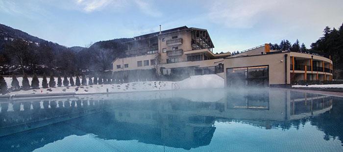 Bonfanti Hotel Pool Winter