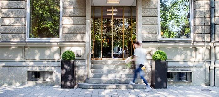 Parkhotel Hotel Eingang2