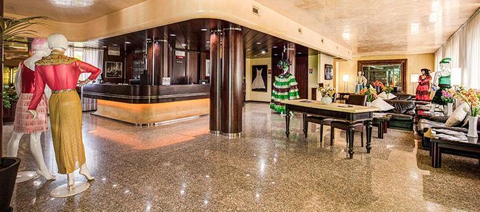 Michelangelo Lobby2