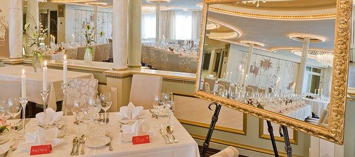 Touring Restaurant8