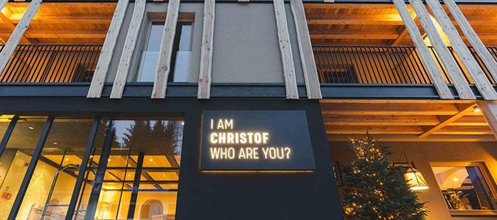 Christof Hotel Eingang