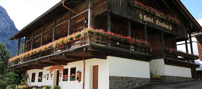 Cristina Hotel3