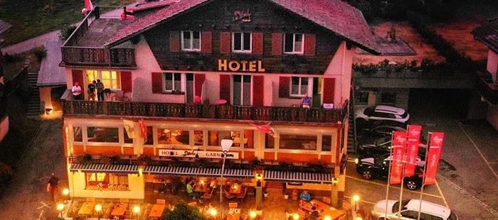 Mountainlodge Hotel Abend