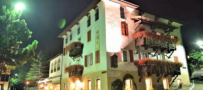 Bianco Hotel Abend