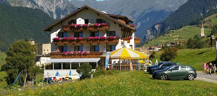 Martha Hotel3