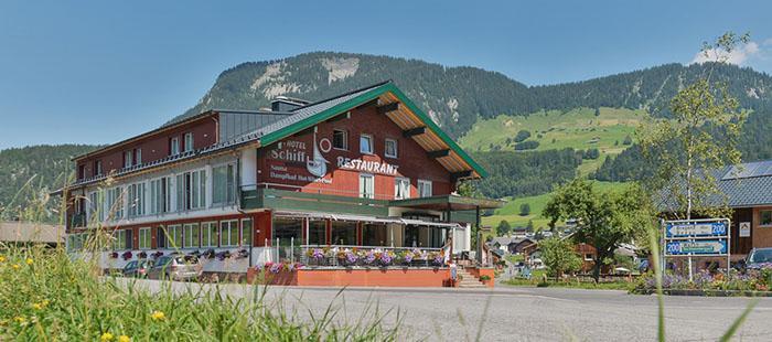 Schiff Hotel