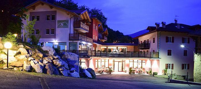 Margherita Hotel Abend